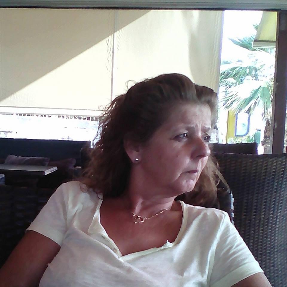 Γιαζιτσόγλου Δήμητρα Υποψήφια Δημοτική Σύμβουλος Νίκαιας–Ρέντη με τη Δημοτική Κίνηση Πολιτών «Κόντρα στο Ρεύμα».